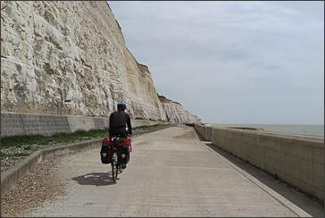 wandel- en fietspad 'Under the cliffs' bij Brighton